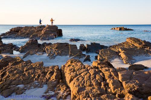 angling;animal;australian;bay;emu;environment;fisherman;fishermen;fishing;gender;horizontal;island;kangaroo;kangaroo;island;land;male;men;ocean;people;rocks;scenery;sea;south;sunset;water;waves;