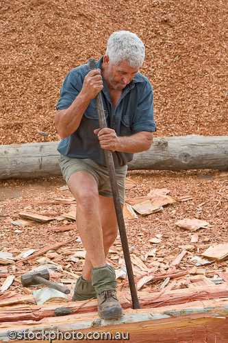 age;australia;axe;barham;bush;chopping;cutter;entertainment;festival;gender;gum;human;human being;human beings;humans;log;logging;male;man;masculine;murray;old;people;person;red;river;timber;timbercutter;tree;wood;koondrook