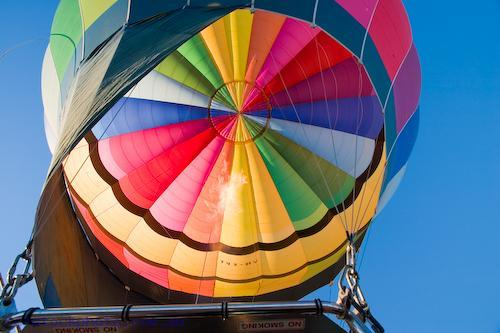 adventure;air;aircraft;aviation;balloon;colour;color;coulorful;colorful;flight;float;flying;hot;recreation;sky;sport;summer;transportation;aerospace;ascend;ball;ballooning;basket;fly;fun;mildura;hotair;pilot;ride;rise;transport;travel;up;blue;wicker;land;lift;off;silk;early;morning;flame;fire;air;transportation;concepts;gas;burner;australia;horizontal;