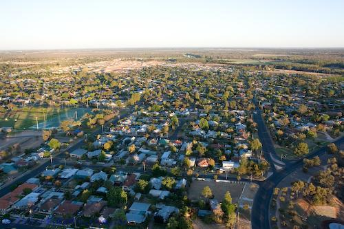 mildura;community;rural;housing;aerial;houses;buildings;morning;early;environment;scenery;land;urban;landscape;urban;aerial;australia;horizontal;