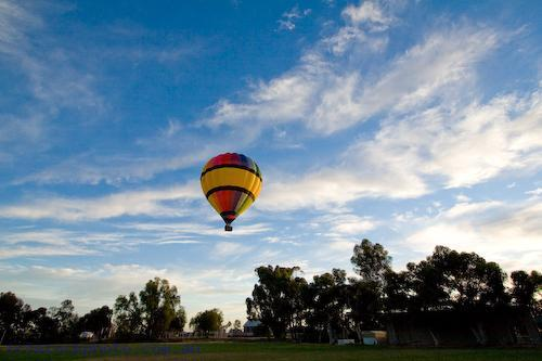 adventure;air;aircraft;aviation;balloon;colour;color;coulorful;colorful;flight;float;flying;hot;recreation;sky;sport;summer;transportation;aerospace;ascend;ball;ballooning;basket;fly;fun;mildura;hotair;pilot;ride;rise;transport;travel;up;blue;wicker;land;lift;off;silk;early;morning;flame;fire;air;transportation;concepts;australia;horizontal;