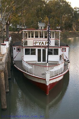 pioneer;settlement;swan;hill;victoria;old;old;fashioned;transportation;water;transportation;boats;boat;paddlesteamer;paddle;steamer;vertical;