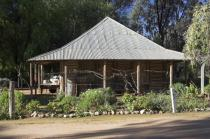 pioneer;settlement;swan;hill;victoria;old;old;fashioned;architecture;building;re