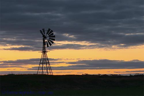 Swan;Hill;victoria;agriculture;farming;wind;mill;environment;scenery;sky;sunset;horizontal;paddock;sihouette;