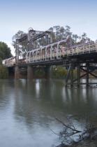 Swan;Hill;victoria;transportation;infrastructures;bridge;environment;scenery;wat